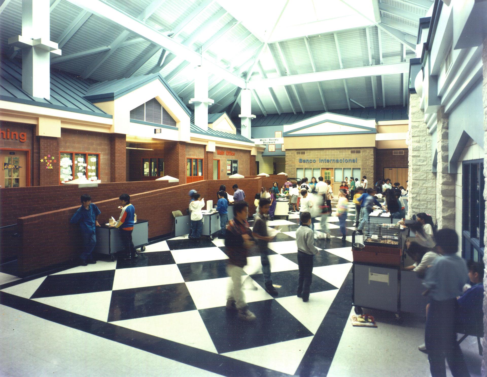 Banco Internacional at the Yonkers Microsociety