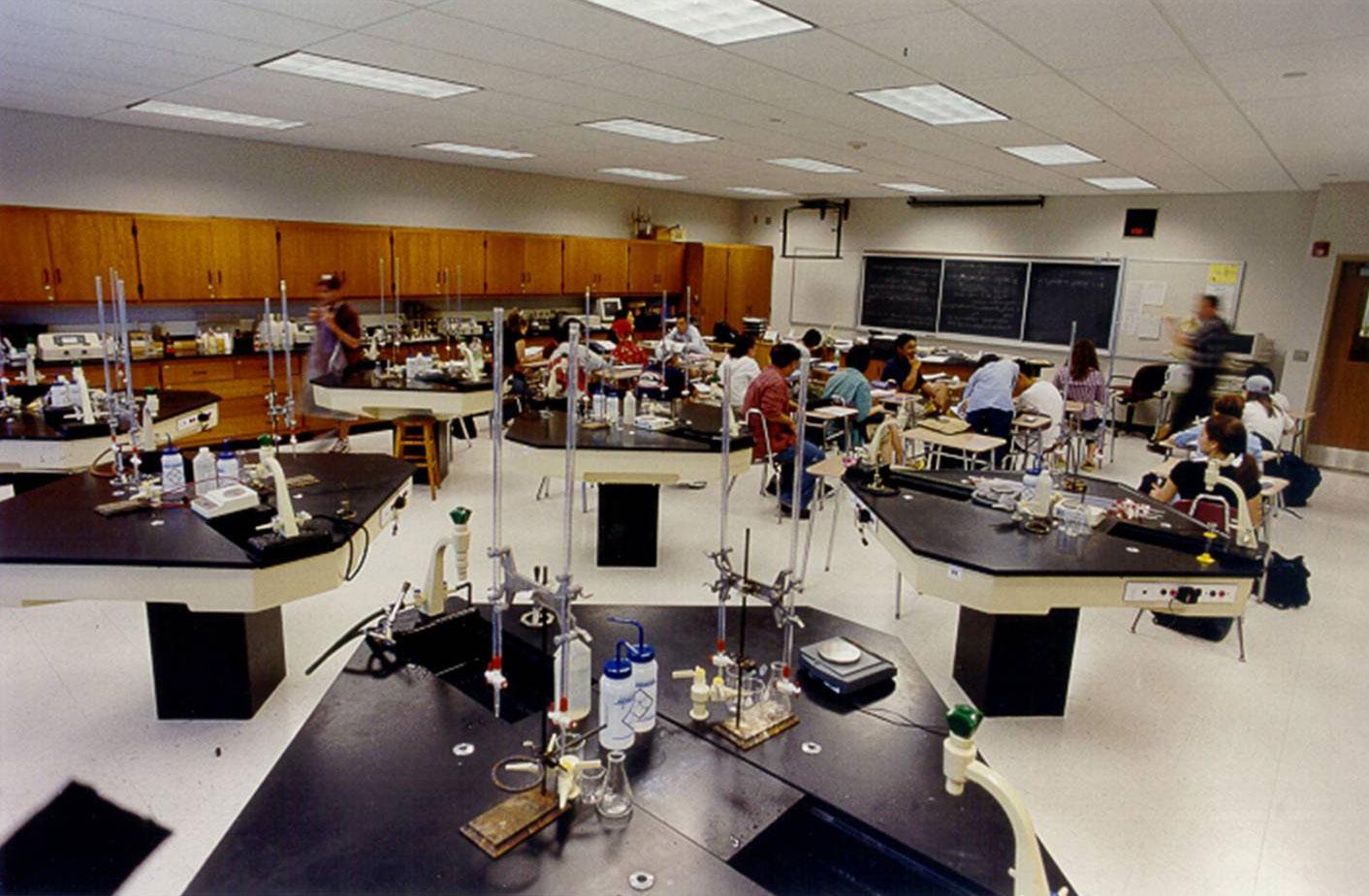 Ridgewood High School Chemistry Lab designed by La Rocca Greene